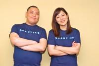 話題の海外ドラマ『クワンティコ/FBI アカデミーの真実』(無料BSテレビ局・Dlifeで7月16日より放送)をPRした、セクシーチョコレートの(左から)デンジャーD、REINA
