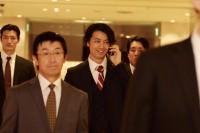 将来の総理大臣候補と噂される若手代議士を演じる斎藤工