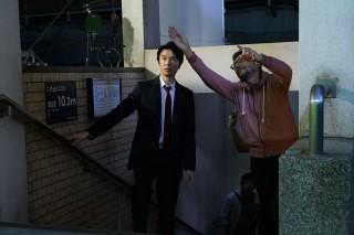 庵野秀明総監督と長谷川博己のメイキングカット