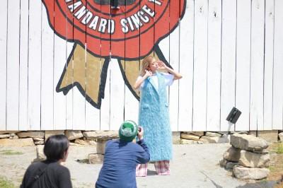 米・ケンタッキー州の蒸留所で行われた撮影の様子