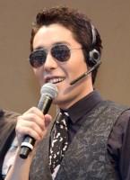 『PERFECT HUMAN』CDアルバム発売記念パフォーマンスを行ったRADIO FISH