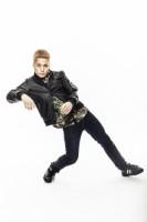 ソニーハイレゾWEBムービー「FISHBOY Wireless Dance」に出演するオリラジ中田の弟・FISHBOY