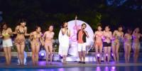 水着ギャルにメロメロだったオリエンタルラジオ・藤森慎吾『CanCam×Shinagawa Prince Hotel Night Pool』のオープニングイベント