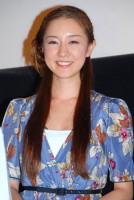映画『カモミールの羽』の舞台挨拶に出席した伊藤歩 (C)ORICON DD inc.