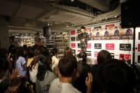 8月23日に都内でアルバム発売イベントを行った山崎育三郎