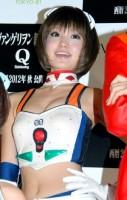 『EVANGELION STORE TOKYO-01』のオープニングセレモニーにレイのセクシーコスプレ姿で登場した『エヴァンゲリオンレーシング』チームのレースクイーン (C)ORICON DD inc.