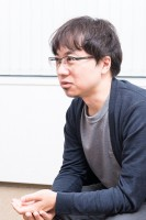 新海誠監督:対談撮り下ろしカット(写真:鈴木一なり)