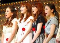 ミュージカル『ミス・サイゴン』の第二次製作発表に出席(左から)ソニン、笹本玲奈、知念、新妻聖子 (C)ORICON DD inc.