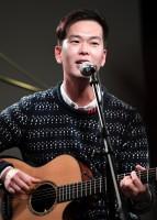 ギター・コーラス:ユン・チョルジョン