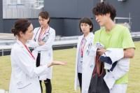 関西テレビ・フジテレビ系ドラマ『メディカルチーム レディ・ダ・ヴィンチの診断』2話場面カット(C)関西テレビ