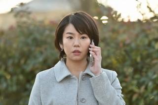 社長秘書役で『嘘の戦争』に出演する野村麻純(C)関西テレビ
