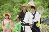 映画『銀魂』 左から:神楽(橋本環奈)、坂田銀時(小栗旬)、志村新八(菅田将暉)