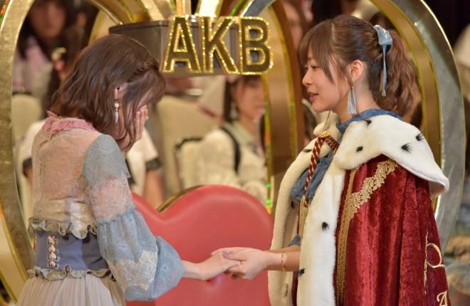 『第9回AKB48選抜総選挙』2位の渡辺麻友と1位 指原莉乃