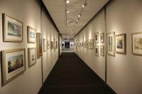 アニメーション・スタジオの廊下には、クリエイターのクリエイティブを刺激するためにアートワークのリプロダクツが多く展示されている