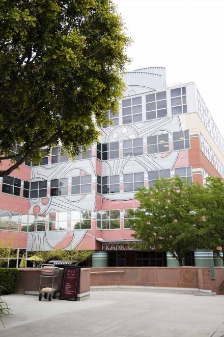 大学キャンパスのようなウォルト・ディズニー・スタジオ
