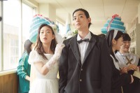左から:千草恵(森川葵)、川合浩介(竜星涼) 映画『先生! 、、、好きになってもいいですか?』