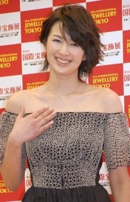 産後も変わらないスタイルをキープしている吉瀬美智子