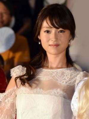 おっとりした容姿と言動で愛される深田恭子