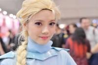 『東京コミコン2017』コスプレイヤー・はるかさん<br>(エルサフェット)