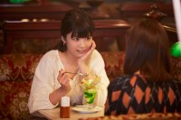 12月23日公開 映画『リベンジgirl』で人気アナウンサー役を演じる馬場ふみか