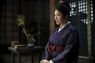 松坂慶子も出演している