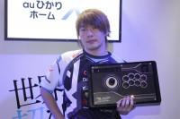 『闘会議2018』で200万の賞金を手にしたプロゲーマー・板橋ザンギエフ氏 (C)oricon ME inc.