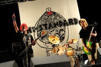 11年ぶりの復活ライブを行ったHi-STANDARD(左から難波章浩、恒岡章、横山健) 撮影・TEPPEI