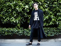 「KATHARINE HAMNET LAB×REBIRTH PROJECT」スローガンTシャツ、スウェットパンツ、ロングカーディガン