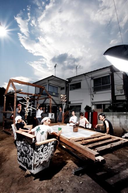 「住」のプロジェクト「SPIKE SHOW」。廃材を家具や作品として再生させるなど、環境負荷の少ない新素材を用いて空間デザインからオブジェ制作、インテリア小物の開発まで手掛ける。