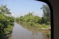 インドネシアの鉄道の旅