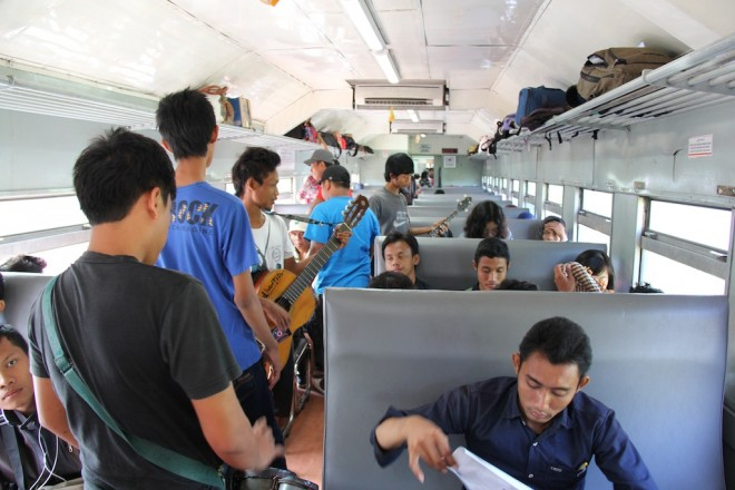 インドネシアのローカル線