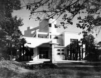 1938年竣工当時の原家邸宅外観(撮影者不詳)