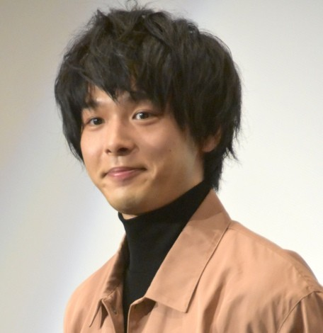 日本テレビ系ドラマ『崖っぷちホテル!』に出演の中村倫也(C)ORICON NewS inc.