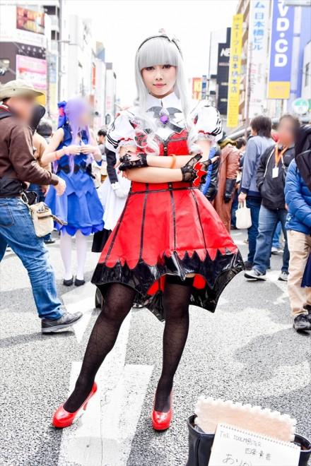 『日本橋ストリートフェスタ2018』コスプレイヤー・ありかみうさん<br>(『アイドルマスター』四条貴音)
