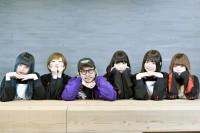 EMPiRE(左から)MiDORiKO、MAYU、渡辺淳之介氏、YU-Ki、YUKA、YUiNA