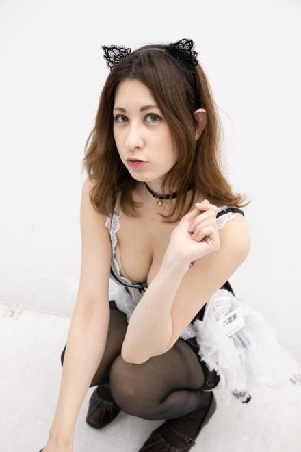 『サンクプロジェクト×ソフマップ』コスプレイヤー・八雲聖さん<br>(『猫コルセットランジェリー』)