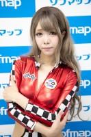 『サンクプロジェクト×ソフマップ』コスプレイヤー・モカぴさん<br>(『レースクイーン』)