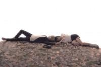 左から上杉柊平(お兄さん役)、山田杏奈(幸役)/ドラマ『幸色のワンルーム』(ABCテレビ)