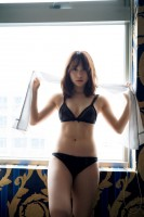 AKB48・高橋朱里1st写真集『曖昧な自分』より(撮影/佐藤裕之)