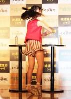 くら寿司の新商品発表会で得意のバレエを披露する井本彩花