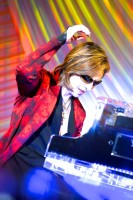 「EVENING WITH YOSHIKI 2018」ピアノ演奏