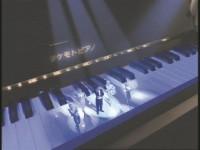 『タケモトピアノ』CM抜き画像 (提供)タケモトピアノ