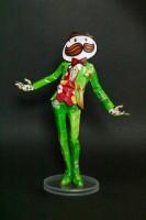 プリングルズで作られた人形