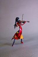 女性バイオリニストに
