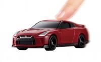 『トミカ4D 01 日産 GT-R バイブラントレッド』(税抜1600円)