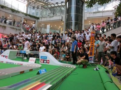 『富士通 乾電池提供 ミニ四駆ジャパンカップ2012』東京大会の様子