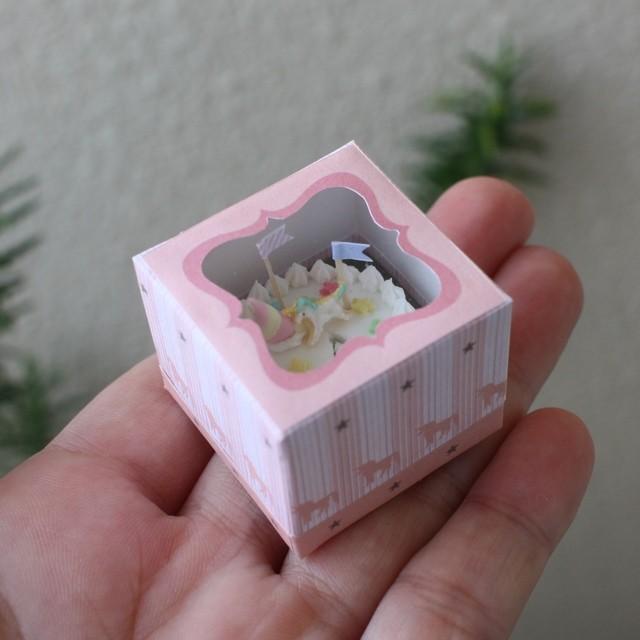 【ユニコーンのレインボーケーキ】制作:みすみ工房(みすみともこ)