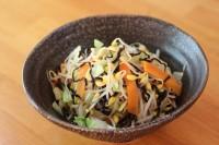 サラダコスモのカット野菜を使った塩昆布ナムルサラダ