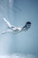 「水中ニーソ」モデル:真縞しまりす/メカデザイン+造形:NAOKI