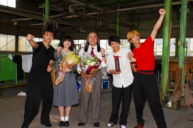 『今日から俺は!!』クランクアップの様子(C)日本テレビ